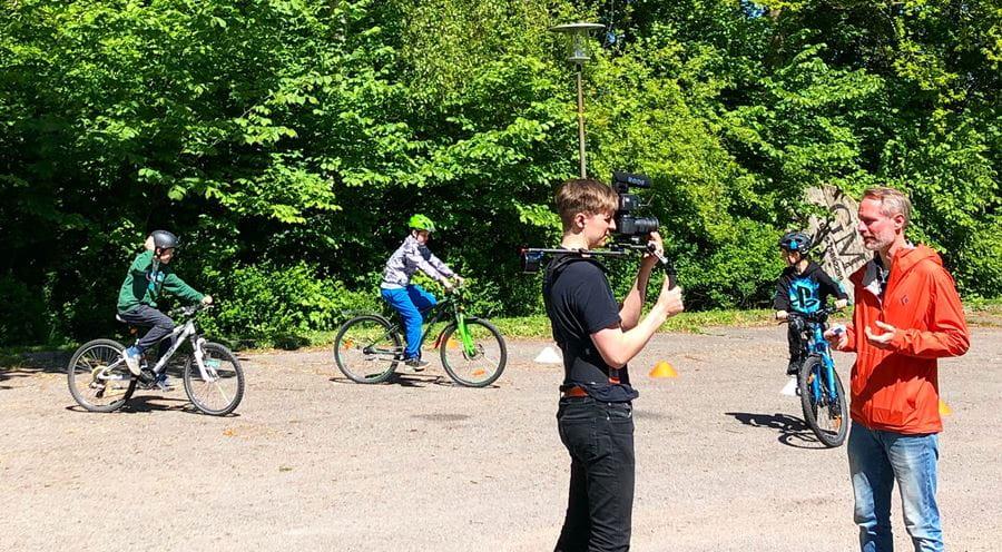 Instruktion til cykelleg